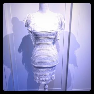 H & M white lace dress